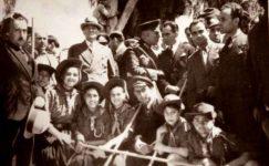 Bando-Cocukevi-Atatürk-ve-cocuk (10)