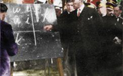 Bando-Cocukevi-Atatürk-ve-cocuk (18)