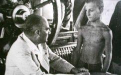 Bando-Cocukevi-Atatürk-ve-cocuk (23)