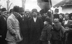 Bando-Cocukevi-Atatürk-ve-cocuk (39)