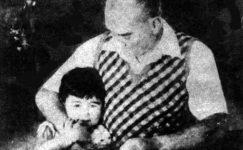 Bando-Cocukevi-Atatürk-ve-cocuk (41)